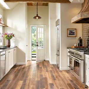 Laminate flooring | Chillicothe Carpet